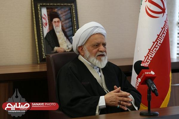تصویر پاسخ های کوتاه رئیس کمیته فقهی سازمان بورس و اوراق بهادار ایران به پرسش های سایت خبری رکنا